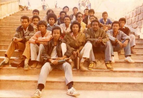 Bahut 1983
