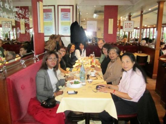 Rencontre  jan 2012 - Déjeuner avec Mme Rakoto Ravalotsalama, Paris